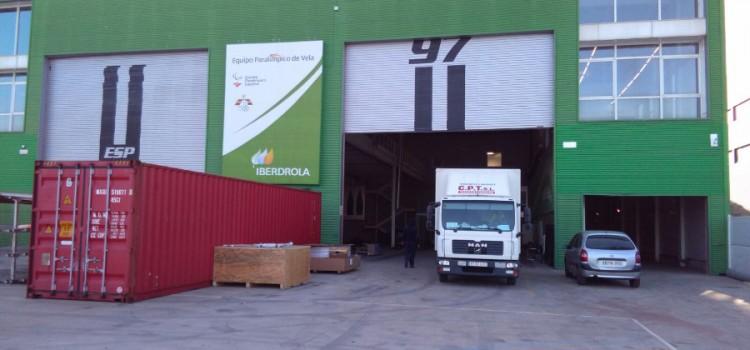 Mudanzas Valencia CPT realiza el traslado del equipo de vela de Iberdrola
